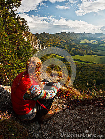 Free Hiker Enjoying The View. Stock Photos - 39219593