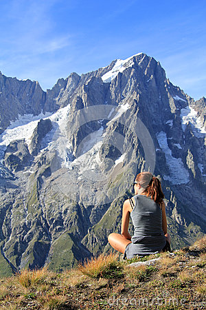 Hiker woman fascinated by panoramic view