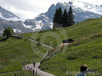 Hiking in Murren Country