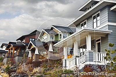 Hillside Contemporary Retro Houses