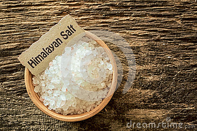 Himalayan salt in a bowl