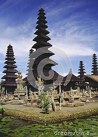 Hindu Lake Temple - Bali - Indonesia