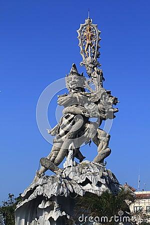 Hindu statue in Kuta
