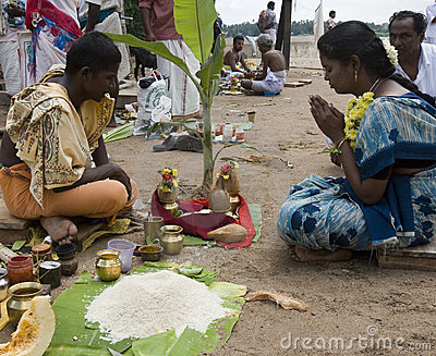 Hindu Worship - Srirangam - India Editorial Stock Image