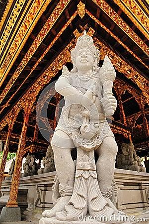 Hinduistische Statue 2