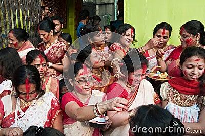 Hinduistische Vermilion Zeremonie Redaktionelles Foto