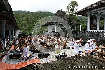 Hindus pray Editorial Image