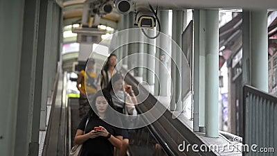 Hintergrund-Hongkong-Bagger Technologie-Sicherheit hk asia Porzellan-Kameras Überwachung Menschen Kontrolle stock video footage