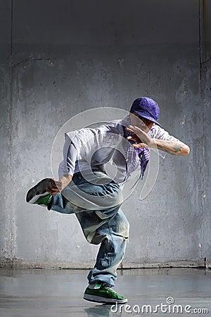 Free Hip-hop Dancer Royalty Free Stock Images - 5629769