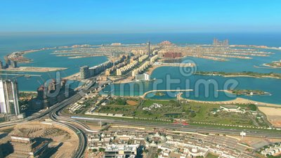 Hiperlapso aéreo da ilha Palm Jumeirah em Dubai, Emirados Árabes Unidos video estoque