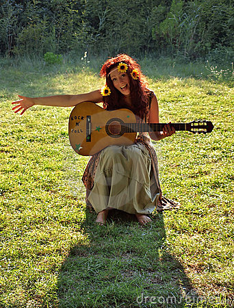 Free Hippie Woman Royalty Free Stock Photography - 20751077