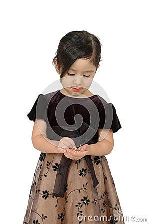 Hispanic girl counting money
