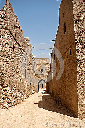 Free Historic Adobe Houses In Oman Royalty Free Stock Photos - 34410318