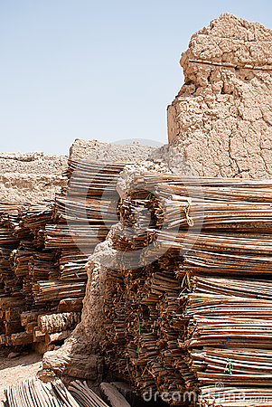 Free Historic Adobe Houses In Oman Royalty Free Stock Photography - 34410327