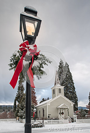 Free Historic Church With Snow Stock Images - 36320314