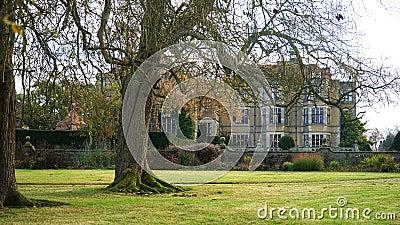 Historic Mansion With Parkland Free Public Domain Cc0 Image