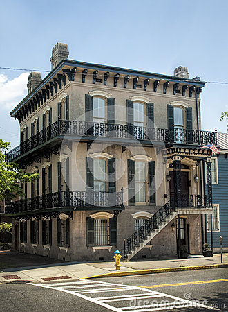Free Historical Savannah Georgia Corner House Stock Photos - 35956093