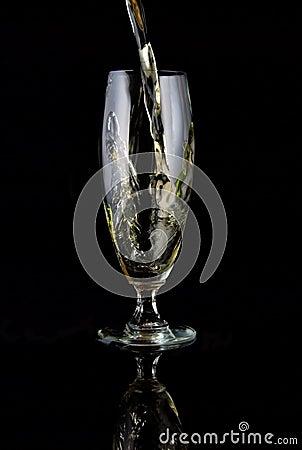 Hällt exponeringsglas av wine