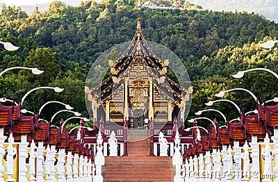 Ho Kham Luang.