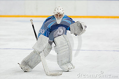 Hockey goalie ready to catch the puck Editorial Stock Image