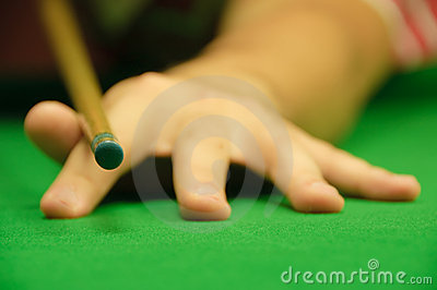 Holding the cue