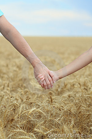 Free Holding Hands Royalty Free Stock Images - 15021539