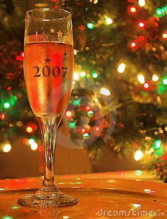 Free Holiday Cheers Royalty Free Stock Image - 1679606