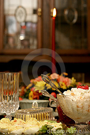 Free Holiday Meal Table Royalty Free Stock Photography - 1576967