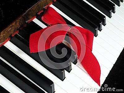 Holiday Piano
