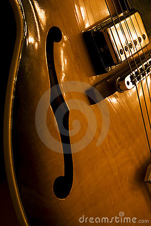 Free Hollow Body Jazz Guitar Stock Images - 10349434