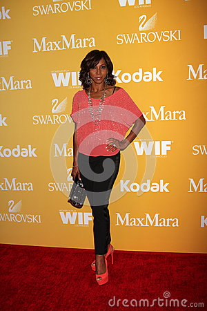Holly Robinson Peete arrives at the City of Hope s Music And Entertainment Industry Group Honors Bob Pittman Event Editorial Image