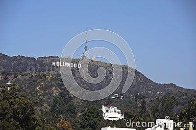 знак hollywood los califorinia angeles Редакционное Изображение
