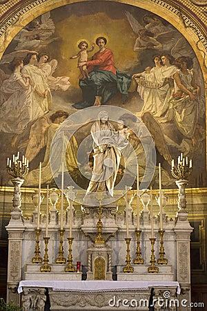 Free Holy Mary Altar From Paris Church Royalty Free Stock Photo - 5563605