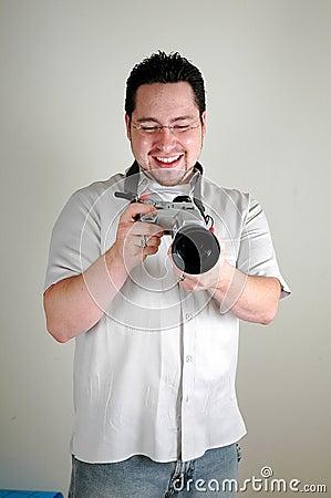 Hombre con la cámara