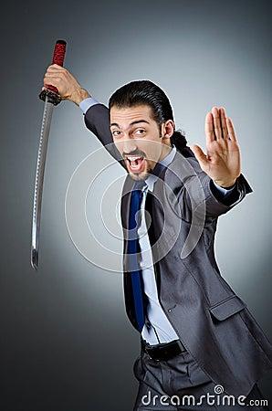 Hombre de negocios enojado