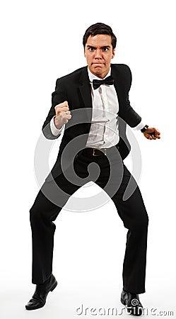 Hombre de negocios preparado para luchar