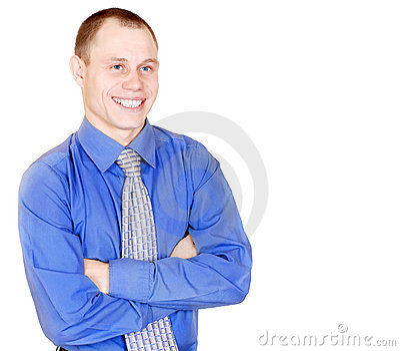 Hombre joven atractivo sonriente abierto