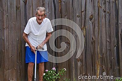 Hombre mayor centenario de cien años