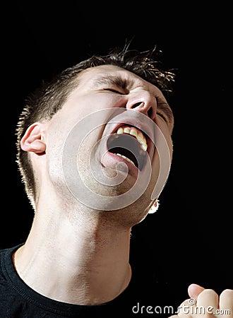 Hombres de griterío