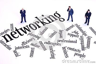 Hombres de negocios del establecimiento de una red