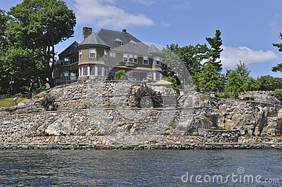 Home or Cottage in Thousand Islands