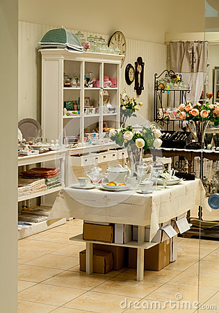 Home decor and dishes  shop