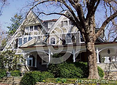 HOME do Victorian