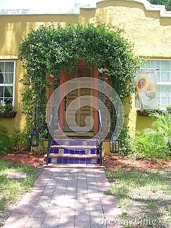 Free Home Entrance Royalty Free Stock Photos - 12003048