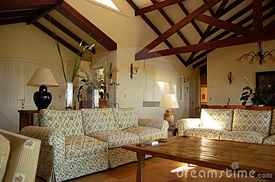Home interior (1)