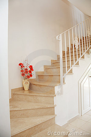 Free Home Interior - Stairs Royalty Free Stock Photo - 5676005