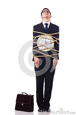 Homem de negócios amarrado acima com corda