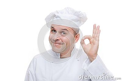 Homem no uniforme do cozinheiro chefe