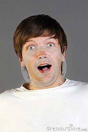 Homem surpreendido