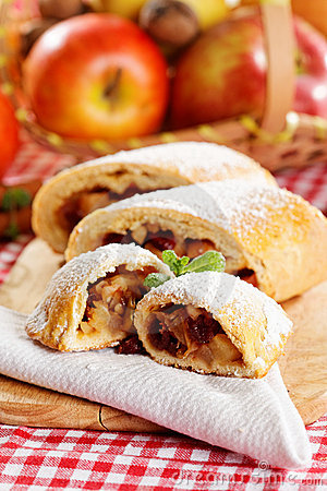 Free Homemade Apple Strudel Royalty Free Stock Photos - 22965108